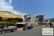 Jaco ofrece excelente variedad en restaurantes y comercio
