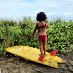 Jaco es puro surf