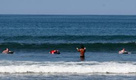 surf lessons 7