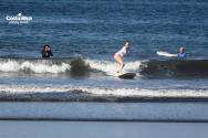Aprende a surfear con nosotros..