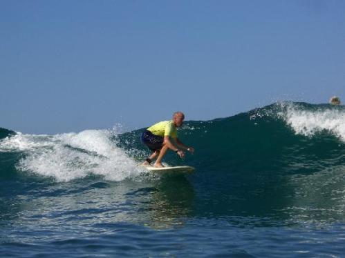 surfing-at-jaco