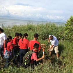 Refugio de Silvestre Playa Hermosa (2)