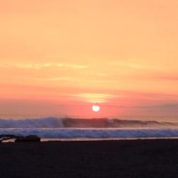 Atardecer de verano en Playa Jaco