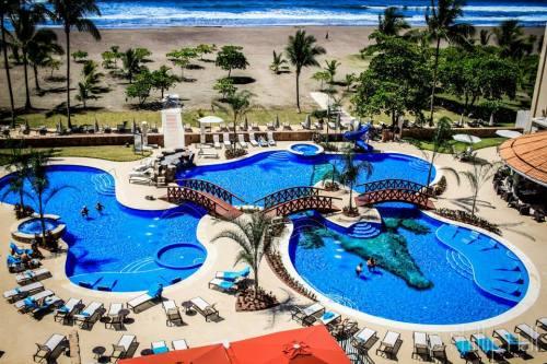 Crocs Casino Resort  Jaco
